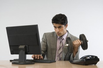 7 Easy Ways to Keep Fit at Work