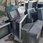 Turn Your Trash Into Money by Recycling Old Gadgets (e-Waste)