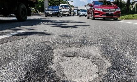 31 December 2020: Works Ministry to fix potholes within 24 hours; 2021 year to revive domestic tourism