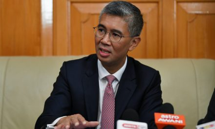 30 June 2021:  Banks to waive compounded interest, penalty charges; Malaysians start #benderaputih movement